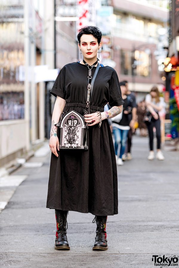 Gothic Harajuku Street Style w/ GU, Dr. Martens, Leather Harness & Listen Flavor Winged Tombstone Bag