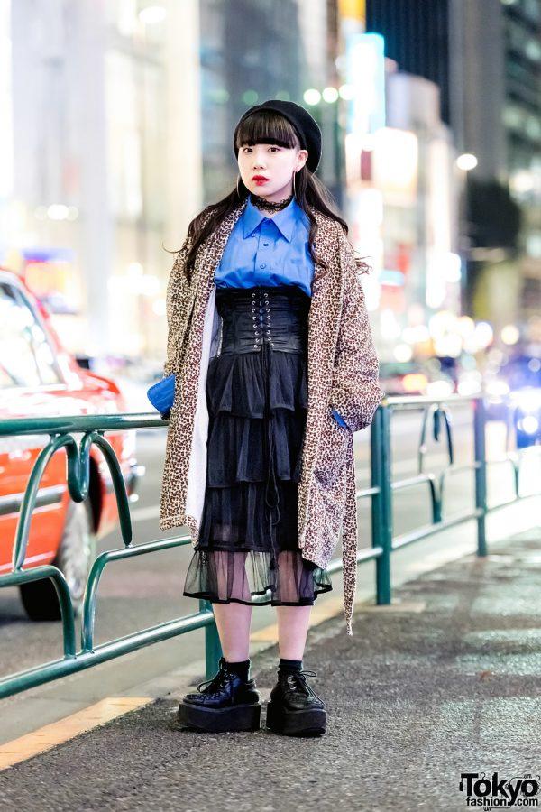 Vintage Harajuku Street Fashion w/ Leopard Coat, Black Corset, Tiered Skirt, Platform Wedge Shoes & Black Beret