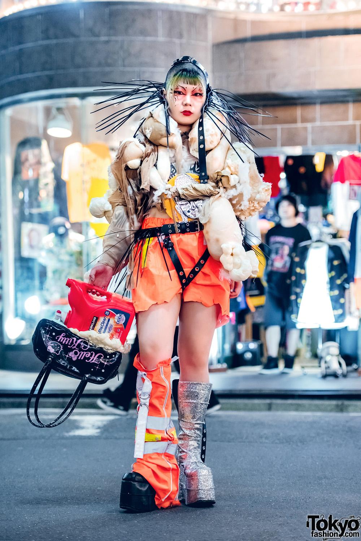 Experimental Harajuku Fashion Student in Avant-Garde Handmade & Remake Street Style