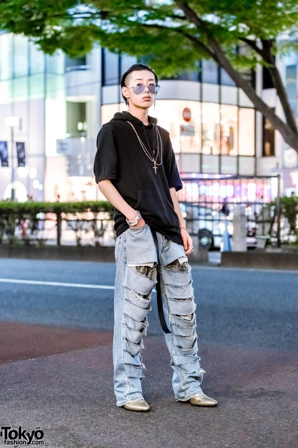 Japanese Male Model in Harajuku w/ Black Hoodie, Shredded Jeans & Gold Boots