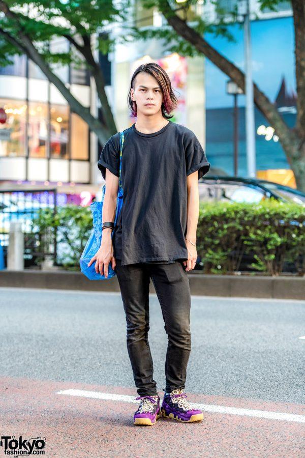 Japanese Dancer in Black Street Casual w/ Diesel Skinny Jeans, Nike Sneakers, IKEA Bag & Burger Records