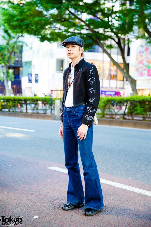 Japanese Street Style w/ Comme des Garcons Cropped Jacket, Levi's Flared Jeans, Maison Margiela Tabi Shoes & Handmade Sling Bag