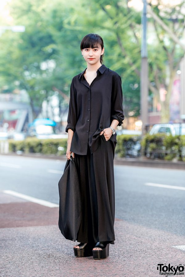 All Black Minimalist Japanese Street Style w/ MM6 Maison Margiela Triangle Bag, Emoda Platforms & Klasse14 Watch