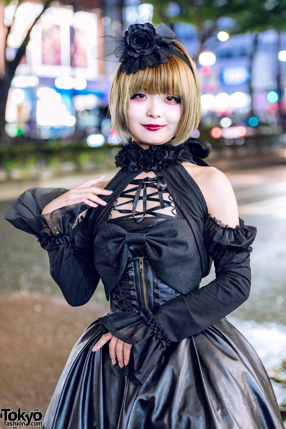Japanese Gothic Lolita Street Style In Harajuku W Mr
