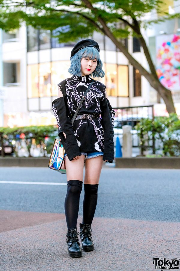 Monochrome Print Street Style in Harajuku w/ Blue Hair, Cut-Out Shoulder Top, Denim Shorts, Ankle Boots & Sling Bag