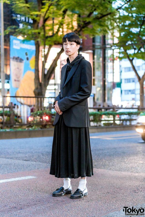 All Black Minimalist Style w/ Blunt Bob, Comme des Garcons, Balenciaga Blazer & Ralph Lauren Loafers