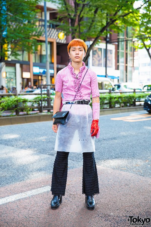 Tokyo Vintage Street Fashion w/ Pink Ruffle Top, Black Ruffle Pants, Red Floral Lace Glove & Black Heeled Boots