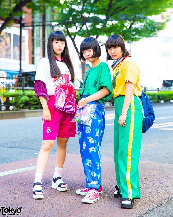 Harajuku Teens in Colorful Vintage Streetwear w/ Uniqlo, Bubbles, WEGO, Healthiboyz, Chicago, Sakai Ibuki, RRR by Sugar Spot Factory, Yosuke & Oh Pearl