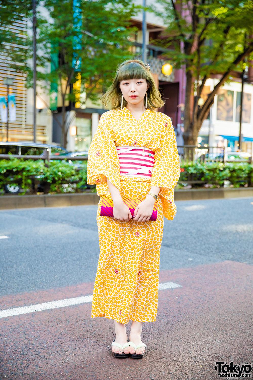 6c114f4c52ab Japanese Yukata Street Style w  Floral Prints