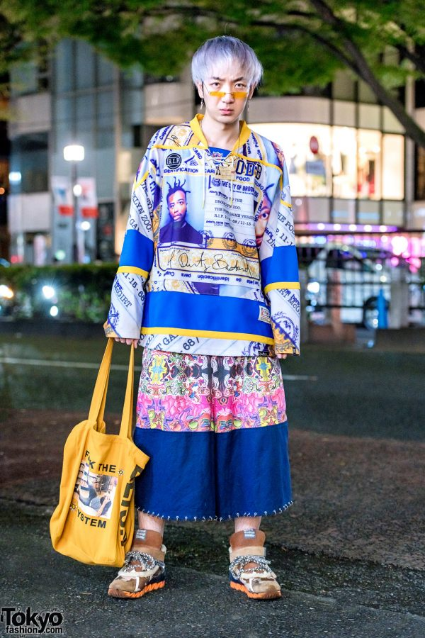 Mixed-Prints Harajuku Street Style w/ Postgame ID Prints, HEIHEI O-Ring Shorts, Bernhard Willhelm Suede Sneakers & UNIF Tote