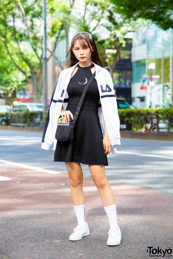 Harajuku Girl in Sporty Chic Streetwear Style
