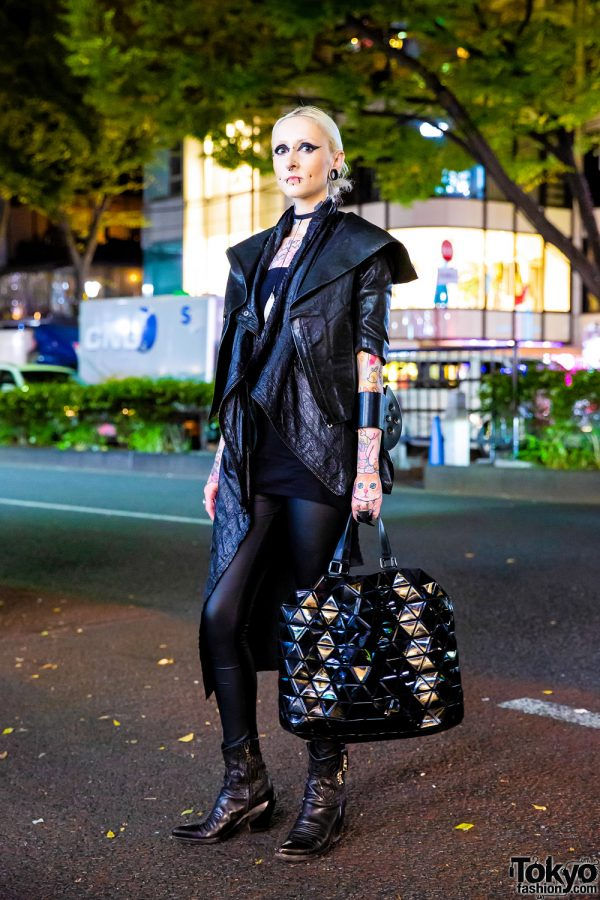 Dark Harajuku Streetwear Style w/ Leather Jacket, Tattoos, Facial Piercings, Boots & Geometric Bag