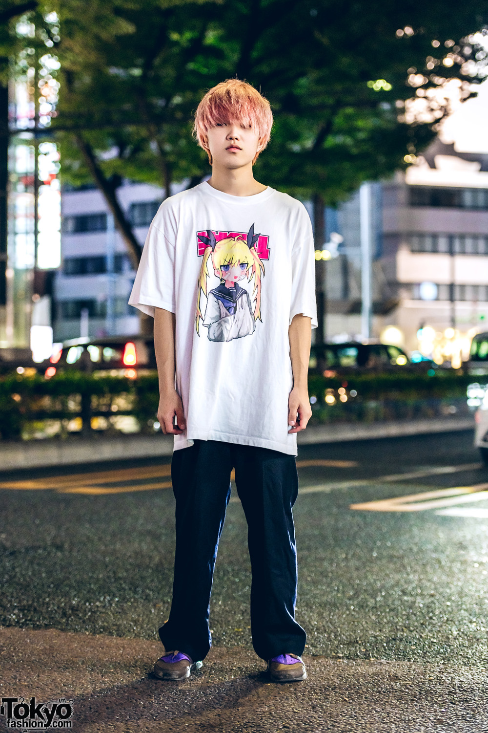 quality design 7242c a97e7 Pink-Haired Harajuku Guy in Anime T-Shirt, Y s Pants   Nike Air Huarache  Colorblock Sneakers
