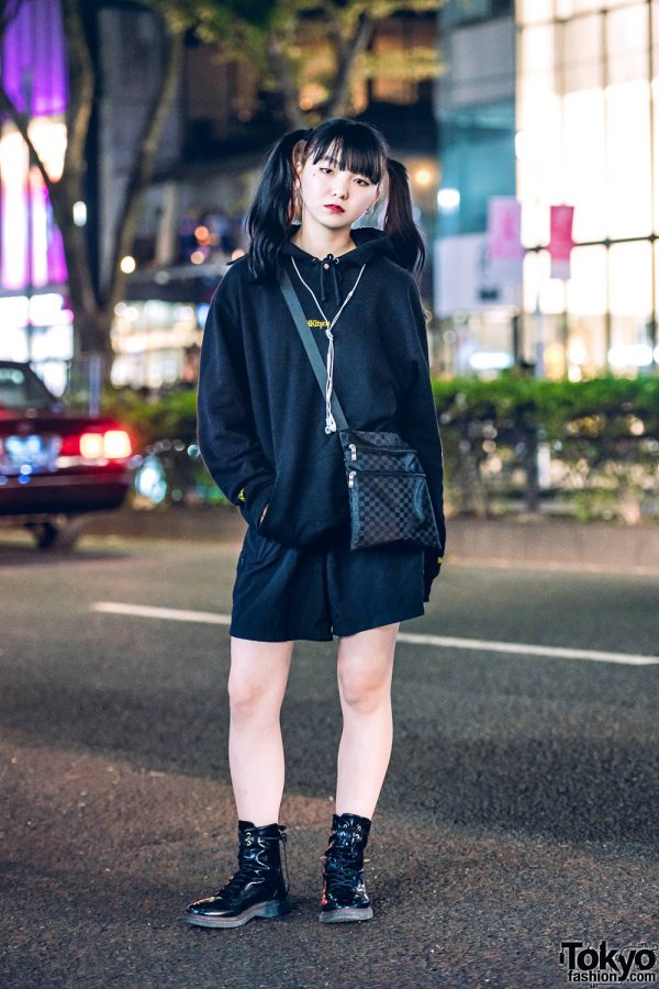All Black Minimalist Streetwear Style in Harajuku w/ Twin Tails, Kitsch Hoodie Sweater, Shorts, Lace-Up Boots & Checkered Crossbody Bag