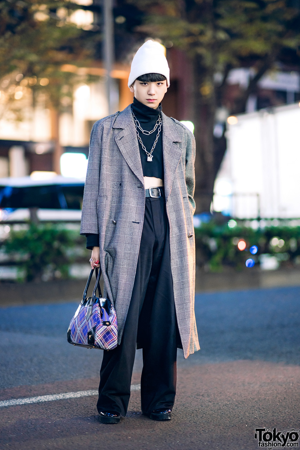 b037f1b26d1 Harajuku Guy s Winter Street Style w  Vintage Houndstooth Maxi Coat
