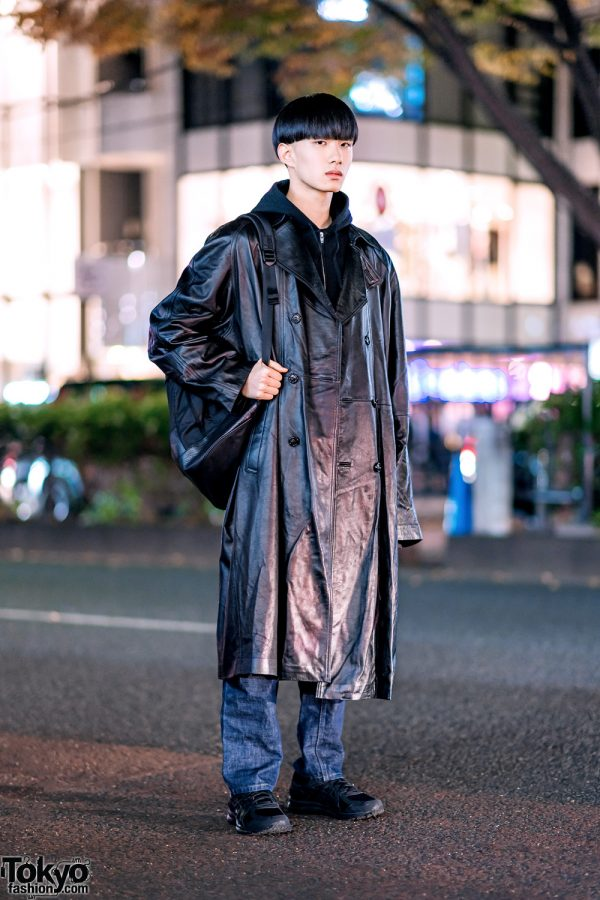 Japanese Minimalist Street Style w/ Blunt Bob, Long Leather Coat, N.Hoolywood, Comme des Garcons, Helmut Lang & Asics