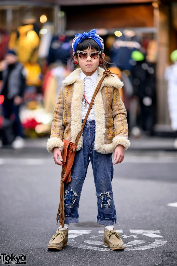 6-Year-Old Harajuku Girl in 1950s and 1970s Vintage Kids Fashion