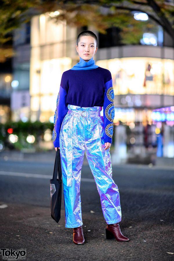 Harajuku Girl w/ Shaved Hairstyle, Versace Sweater,  Gallerie Tokyo Metallic Pants & CubRun Tote Bag