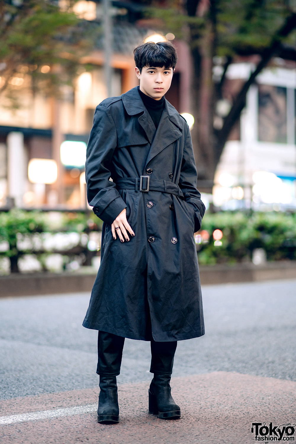 a5a7c8b9 All Black Menswear Street Style w/ Burberry Trench Coat, UNIQLO Turtleneck,  Y's Pants & Zara Chelsea Boots
