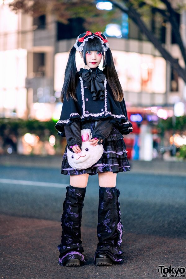 Gothic Harajuku Street Style w/ Twintails, Putumayo Cape, Algonquins, Gothic Lolita Punk, Legwarmers & Yosuke USA