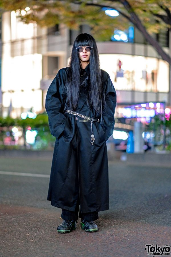 Japanese VJ w/ Long Hair in Devon Halfnight Leflufy, Comme Des Garcons & 20471120 in Harajuku
