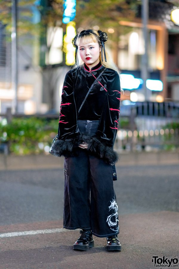 All Black Tokyo Street Style w/ Spider Lily Hair Bun Covers, Forty Four Velvet Top, Spicy Girls Wide Leg Pants, Demonia & UNIF Crossbody Bag