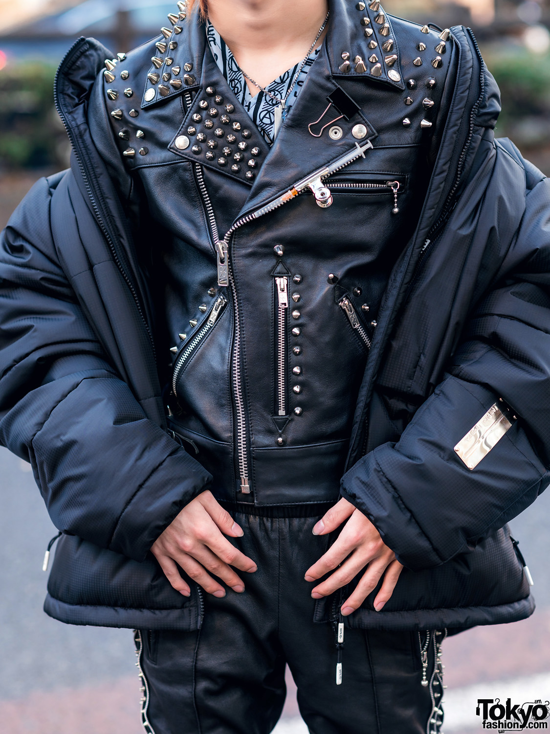All Black 99 Is Street Style W Blond Hair Studded