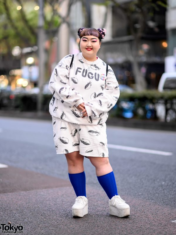 Harajuku Girl in Fugu Print Sweatshirt & Punyus Fugu Shorts, Platform Shoes & WEGO Sackpack