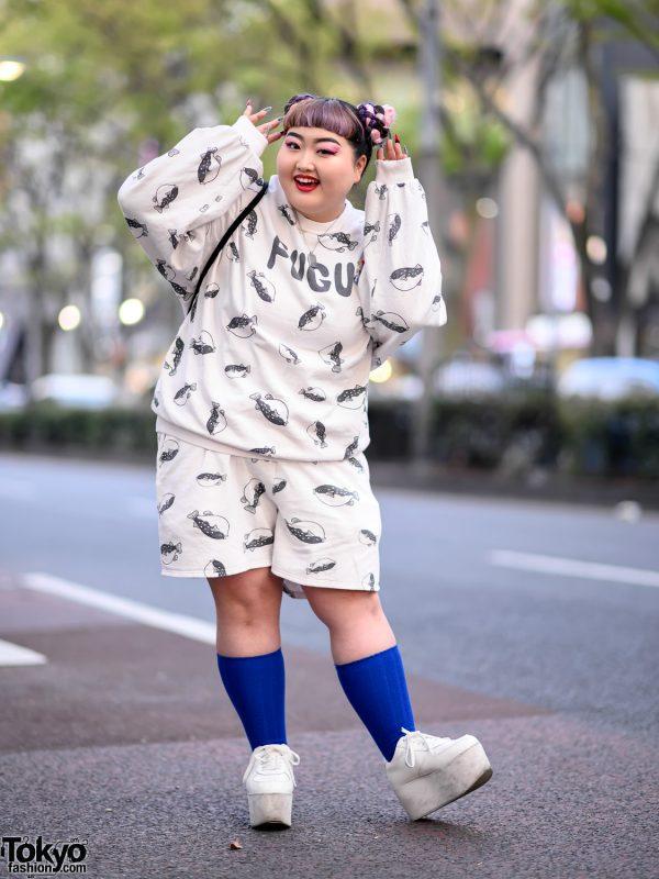 Harajuku Girl in Fugu Print Sweatshirt & Punyus Fugu Shorts, Platform Shoes & WEGO Sackpack 3