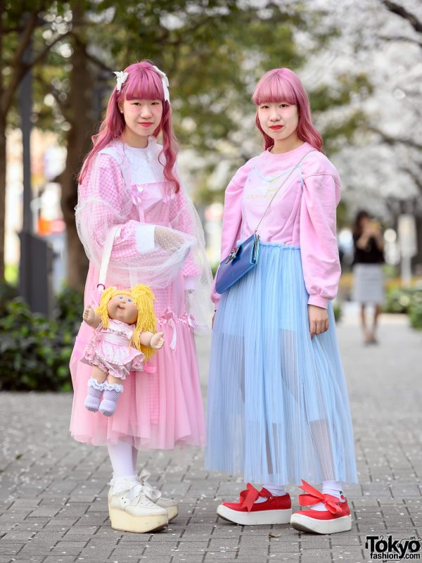 Kawaii Style Japanese Twins in Tokyo w/ Pastel Handmade Fashion, Cabbage Patch Doll & Tokyo Bopper