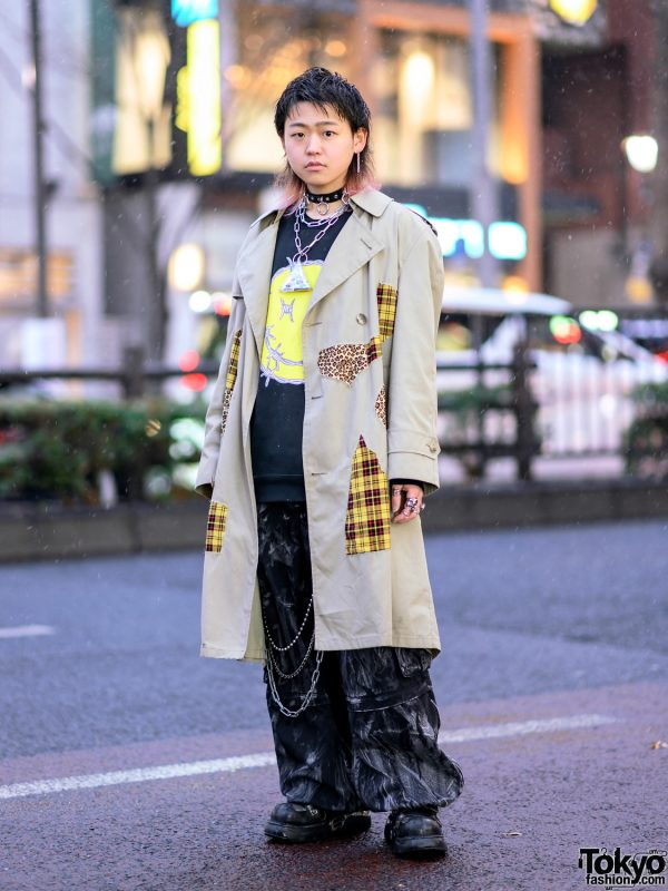 Remake Streetwear in Harajuku w/ Shaggy Bob, Trench Coat, Kidill Sweater, Tripp NYC Graphic Pants, New Rock, Dilivee & Tokyo Human Experiments