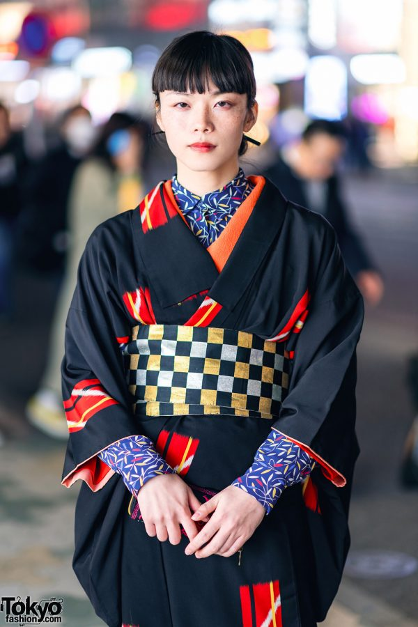 Vintage Geometric Print Japanese Kimono, Leaf Print Shirt, Checkered Obi & Vinyl Boots in Harajuku 6