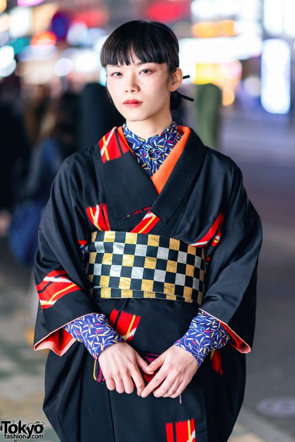 Vintage Geometric Print Japanese Kimono, Leaf Print Shirt, Checkered Obi & Vinyl Boots in Harajuku 7