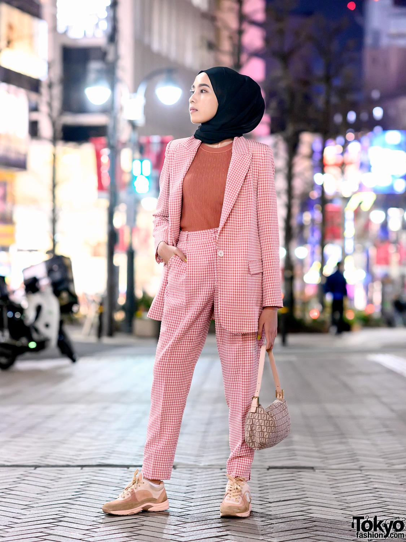 Hijabi Tokyo Street Style w/ Pink Zara Suit, Fendi Bag & Pink Chanel Sneakers