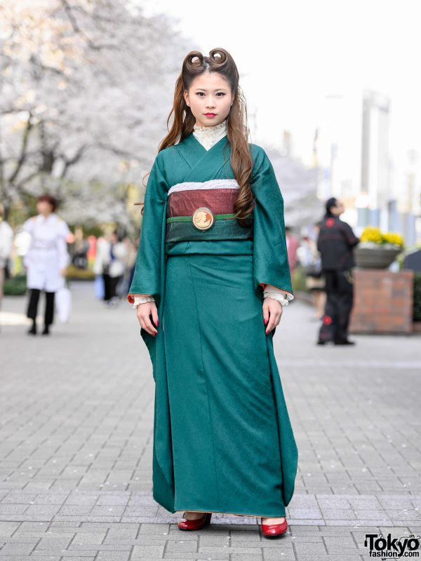 Vintage Japanese Kimono & Victory Rolls Hairstyle Street Style at Bunka Fashion College in Tokyo