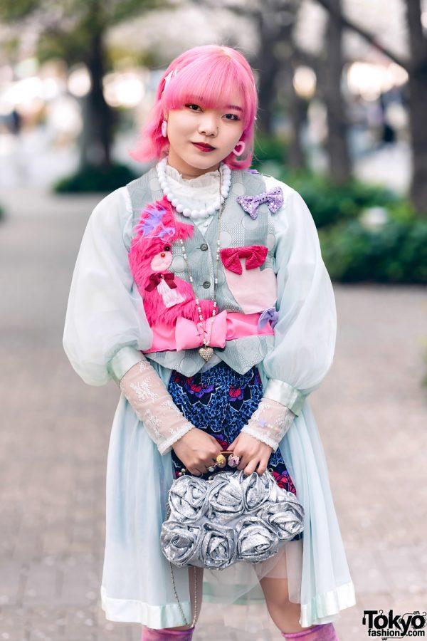 Pink & Blue Street Style in Tokyo w/ Pink Hair, Kiki2 Layered Tops, Floral Skirt, Vintage Accessories, Sequin Flower Handbag & Metallic Platforms 3