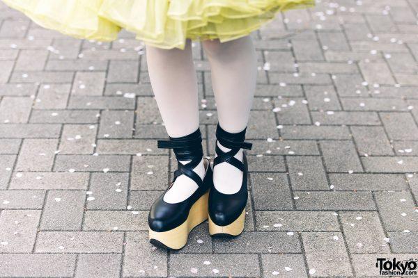 Kimono & Tutu Japanese Street Styles in Tokyo w/ Colorful Hair & Vivienne Westwood Rocking Horse Shoes 10