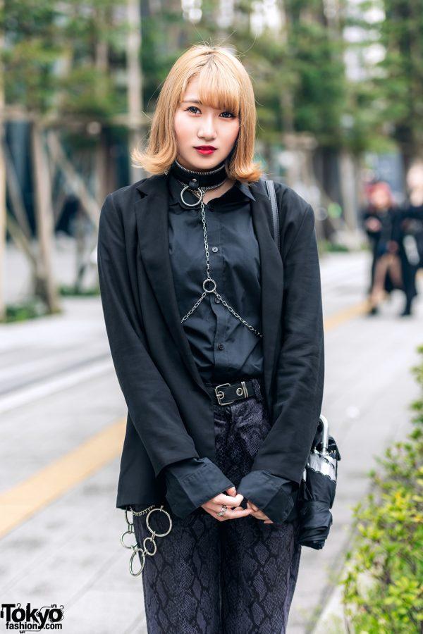 All Black Tokyo Streetwear Style w/ Zara, Never Mind the XU Snakeskin Pants, Choker w/ Body Chain & Attagirl Lace-Up Shoes 3