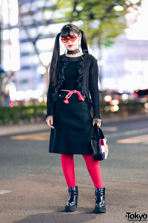 Red & Black Harajuku Street Style w/ Twin Tails, Belted Dress, Ruffle Cardigan, Patchwork Bag & Pointy Boots