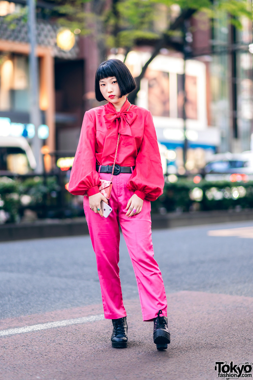 b5e54ab74e All Pink Harajuku Street Style w/ Bob Hairstyle, Vintage Blouse, Nadia  Pants & Envelope Bag