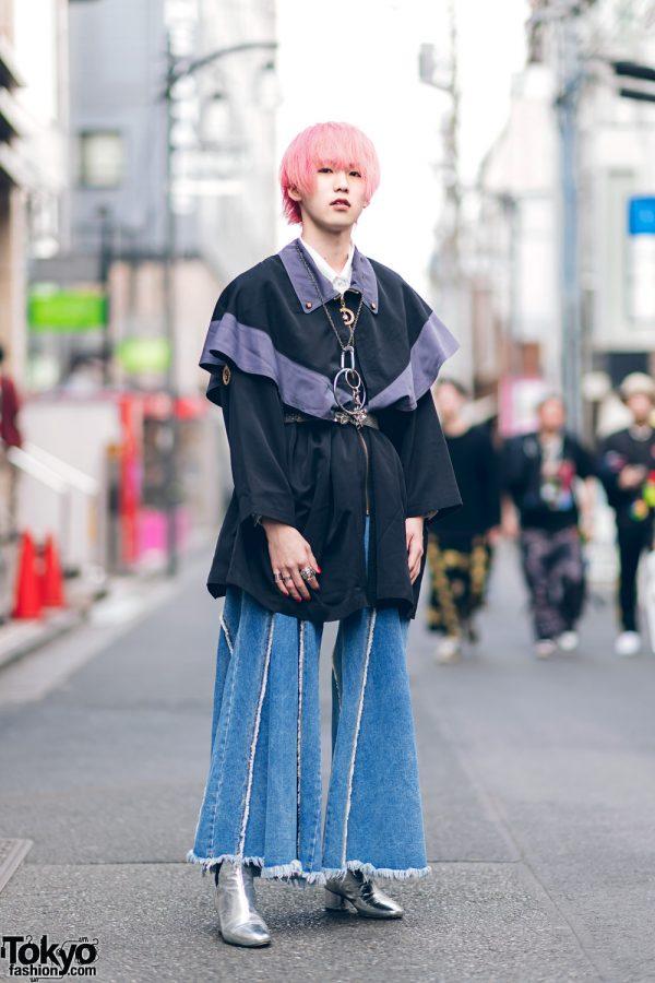 Japanese Streetwear Styles w/ Pink Hair, Codona De Moda, Oh Pearl Striped Top, Kobinai, Milkfed & White Demonia Platforms 8