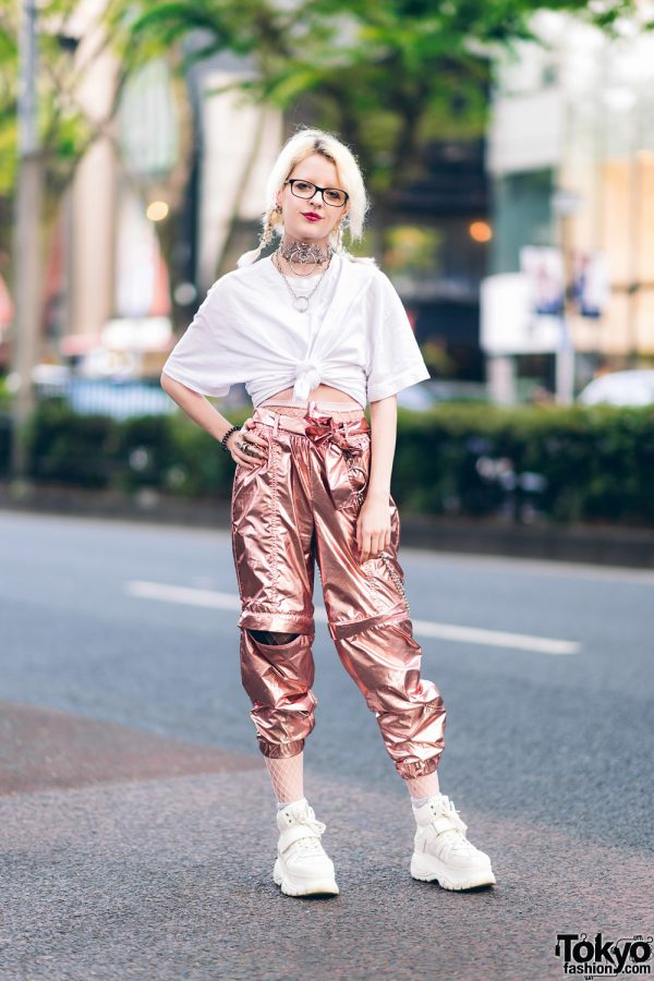 Twin Braids, Knotted T-Shirt, Metallic Belted Pants, Platform Sneakers, Raspberry & Mazohyst Accessories