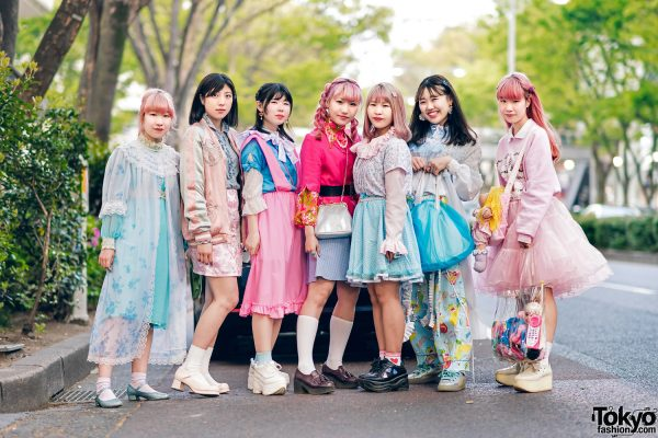 Kawaii Harajuku Girl Squad Street Styles w/ Pink Hair, Sheer Pastel Fashion, San To Nibun No Ichi, Kinji Resale & Cabbage Patch Doll