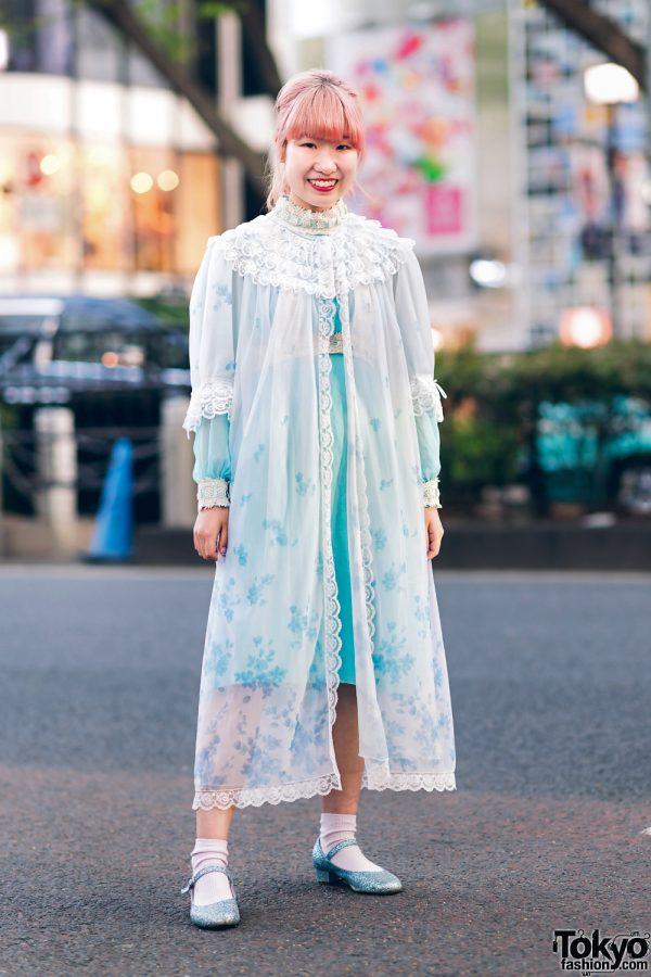 Kawaii Harajuku Girl Squad Street Styles w/ Pink Hair, Sheer Pastel Fashion, San To Nibun No Ichi, Kinji Resale & Cabbage Patch Doll 3