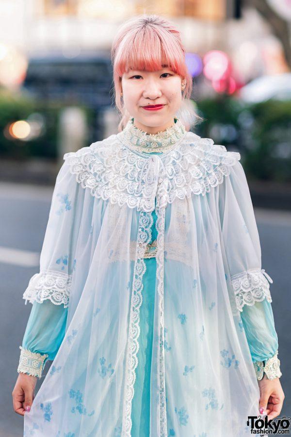 Kawaii Harajuku Girl Squad Street Styles w/ Pink Hair, Sheer Pastel Fashion, San To Nibun No Ichi, Kinji Resale & Cabbage Patch Doll 4