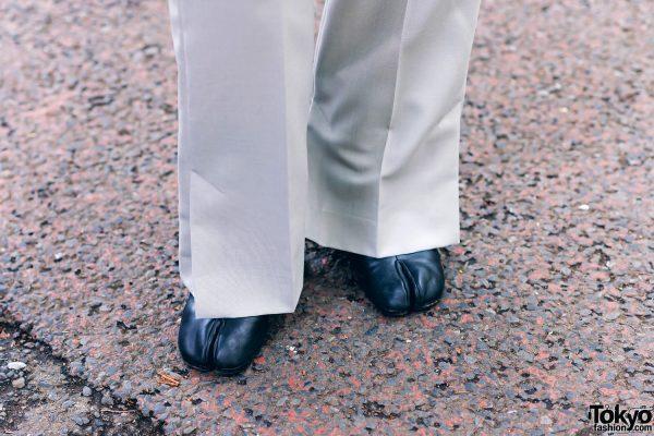 Harajuku Menswear Street Fashion w/ Grey Hair, Irene Japan Sleeveless Suit, Mihara Yasuhiro, Hermes & Margiela Tabi Boots 9