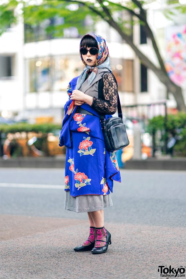 Stylish Harajuku Street Fashion w/ Black Lipstick, Headscarf, Thank You Mart Sunglasses, Floral Kimono, Urban Research, Coach & Heeled Shoes