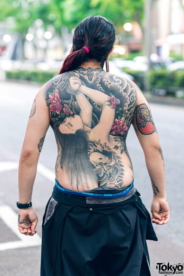 Body Modification Artist in Harajuku w/ Split Tongue, Tattoos, Stretched Ears, Aoi Clothing, Wide Leg Pants & Philipp Plein Sneakers 25