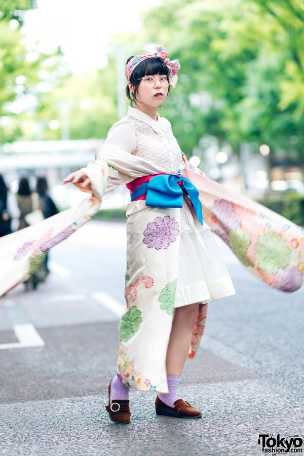 Vintage Japanese Kimono Street Style w/ Printed Headscarf, Sheer Blouse & Oriental Traffic Pointy Loafers
