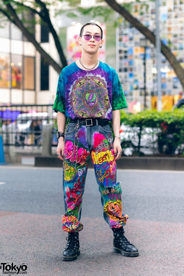 Colorful Harajuku Streetwear w/ Grateful Dead Shirt, Hand Painted Graffiti Jeans, Nacht & Dr. Martens Boots